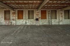 Ballerina - wall -2