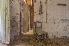 Belgian farm house -Veestapel observatiepost