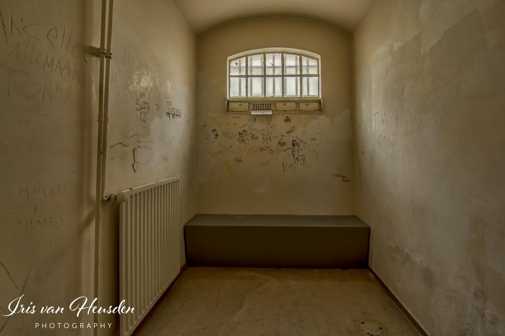 Behind bars - sp(ART)an
