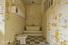Blue bathroom - Niet zo blauwe badkamer