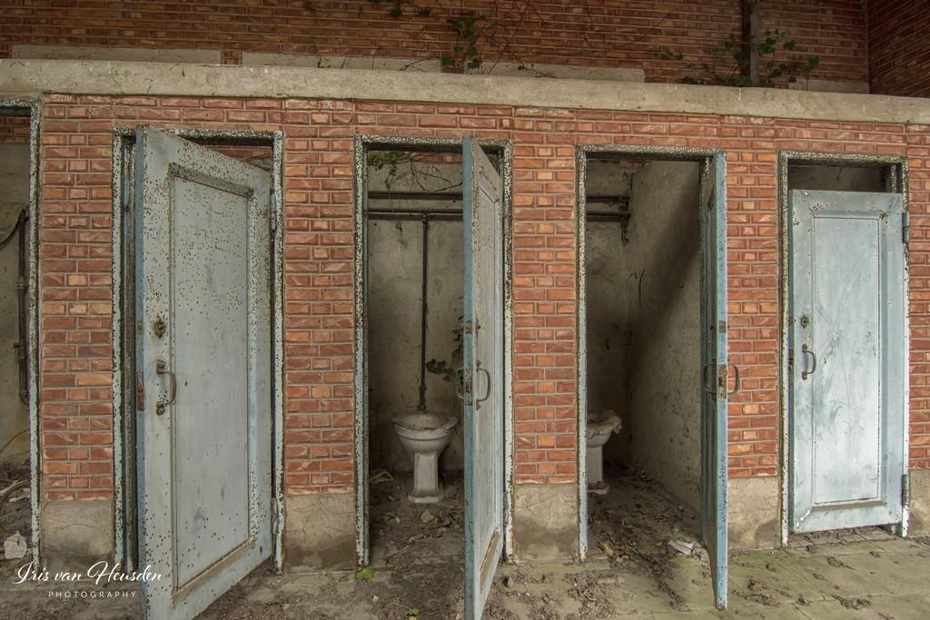 Back to school - Meisjes toilet -1