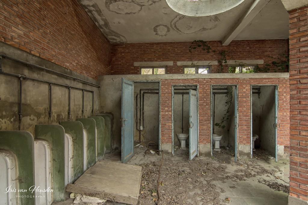 Back to school -jongens toilet -1