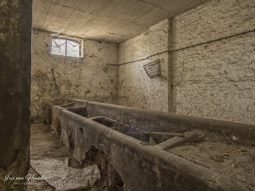 Belgian farm house - Feeding troughs