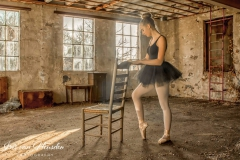 Ballerina - Stretching
