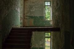 Composé militaire - Dark Stairwell
