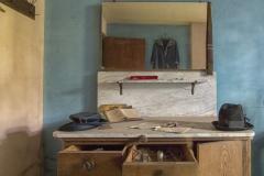 Small farmhouse - Dresser